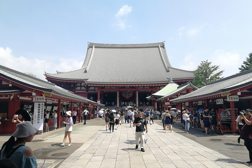 summer-camp-sensoji-temple.jpg